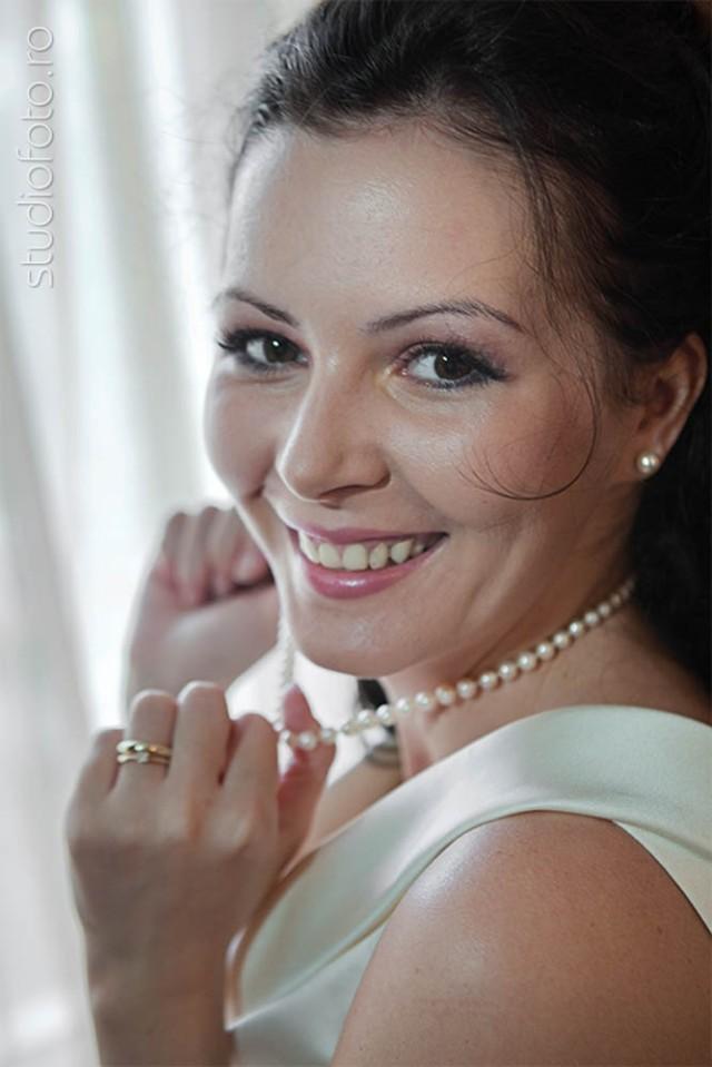 www.studiofoto.ro fotografie de logodna filmare nunta album fotograf de nunta de calitate